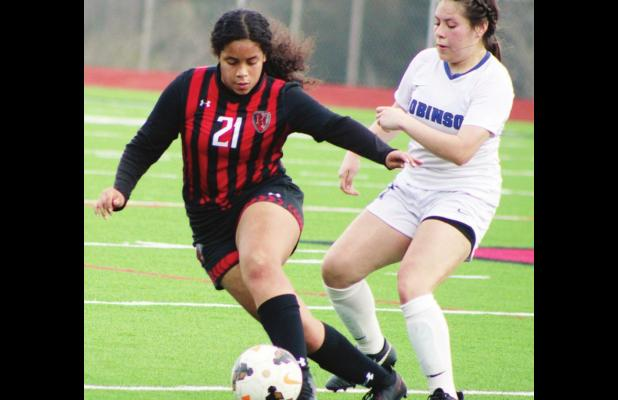 Burns, Reyna score goals to give Mexia 2-0 win