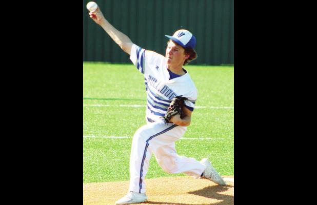 Bulldogs maul Itasca in bi-district, set sights on Crawford for area title