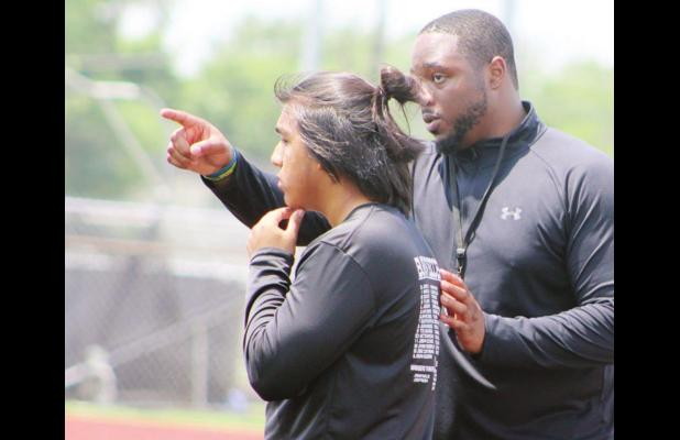 Blackcat Blur:  New offensive coordinator says Mexia will push the pace